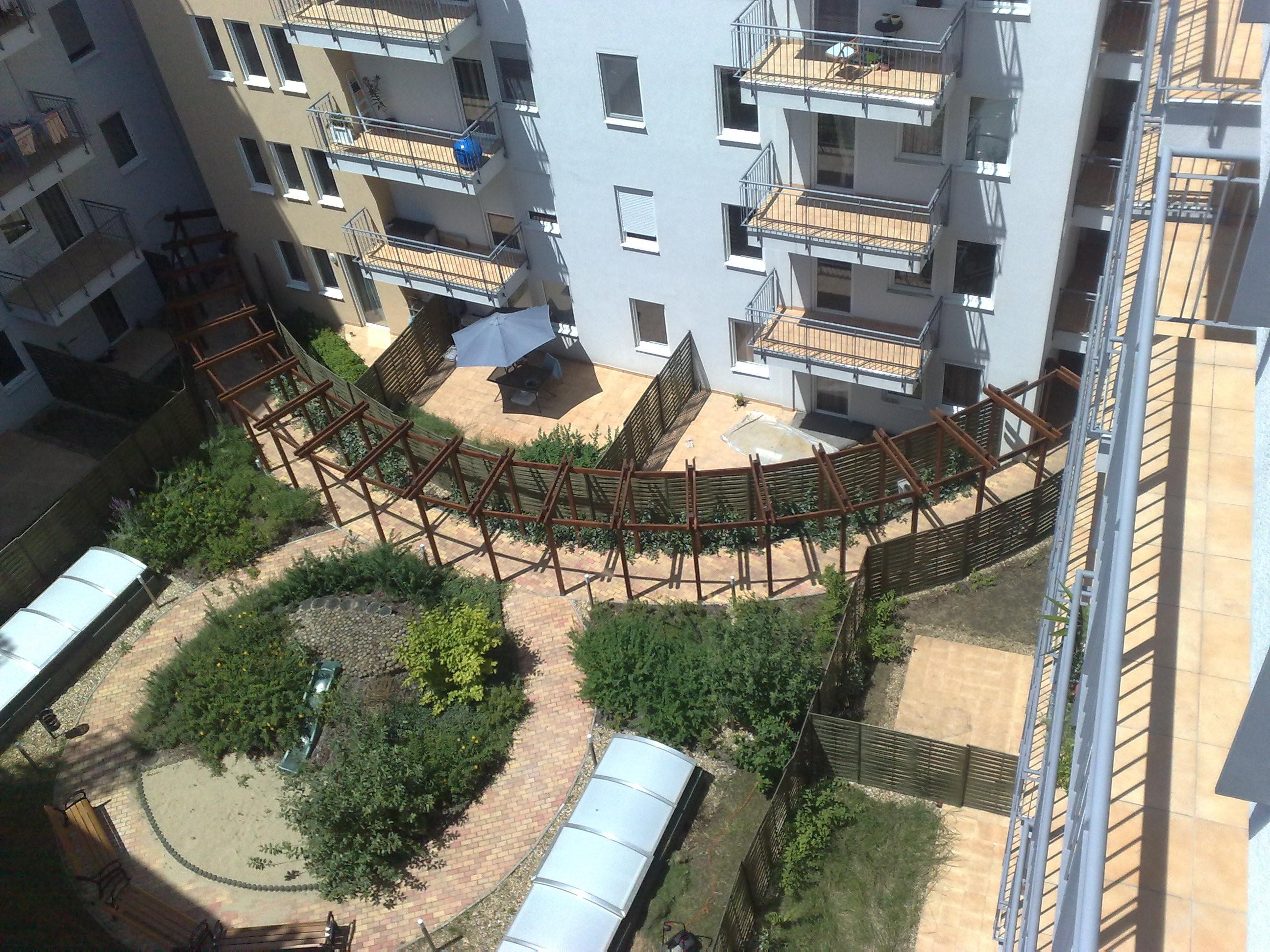 Pikkolo Apartmanház